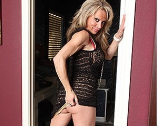 Horny American housewife shows off her hard body and masturbates