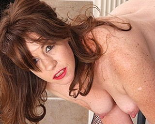 Hot American mature lady playing with herself