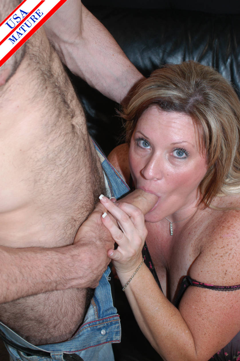 Taboo mom gives son a warm up blowjob_pic3725