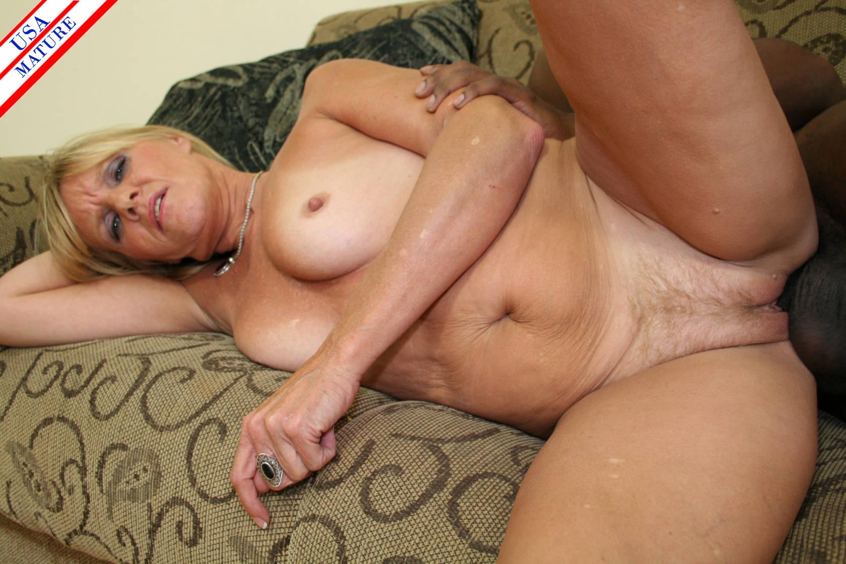 girl orgasm naked hardcore