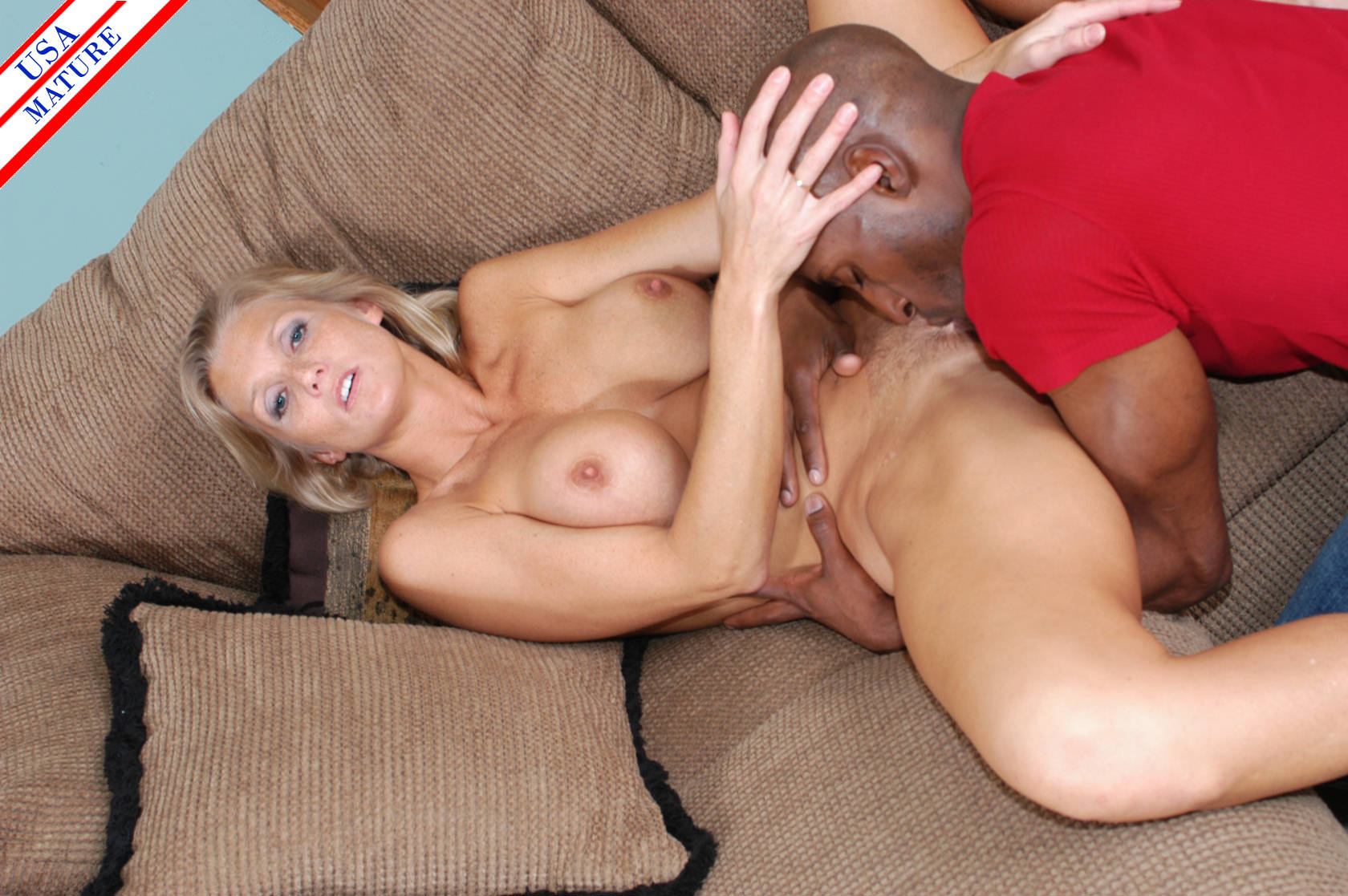 A milfs interracial