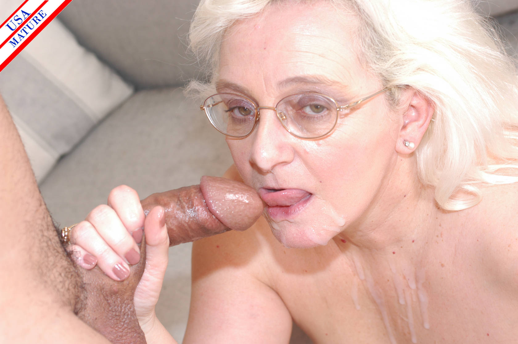 Taking it deep with this huge dildo 7