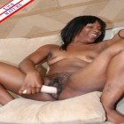 Ebony housewife munching on a white cock