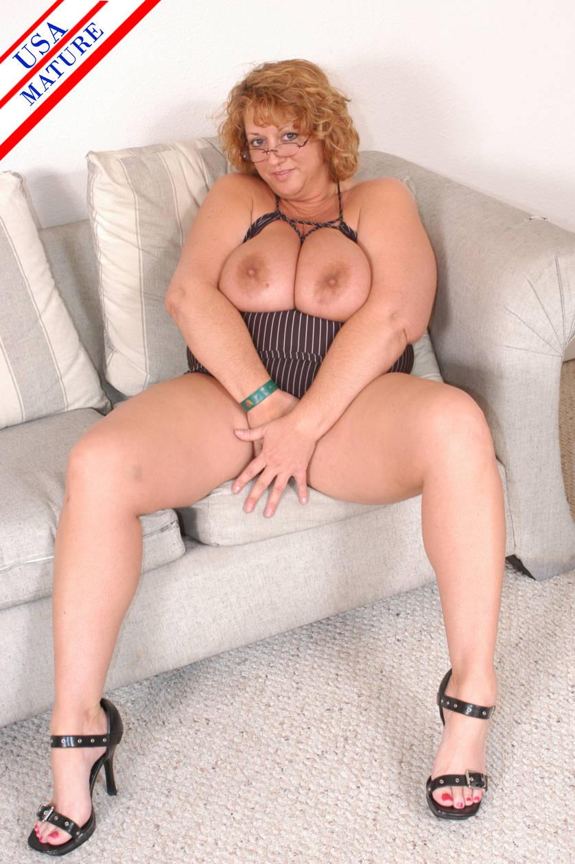 Big cock sucking movie male nude vintage