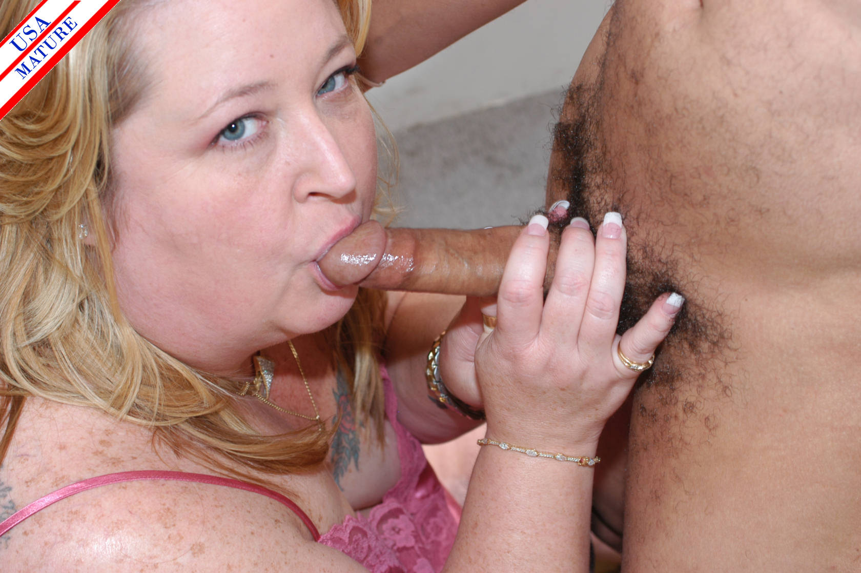 Mature old bitch sucks young cock 3