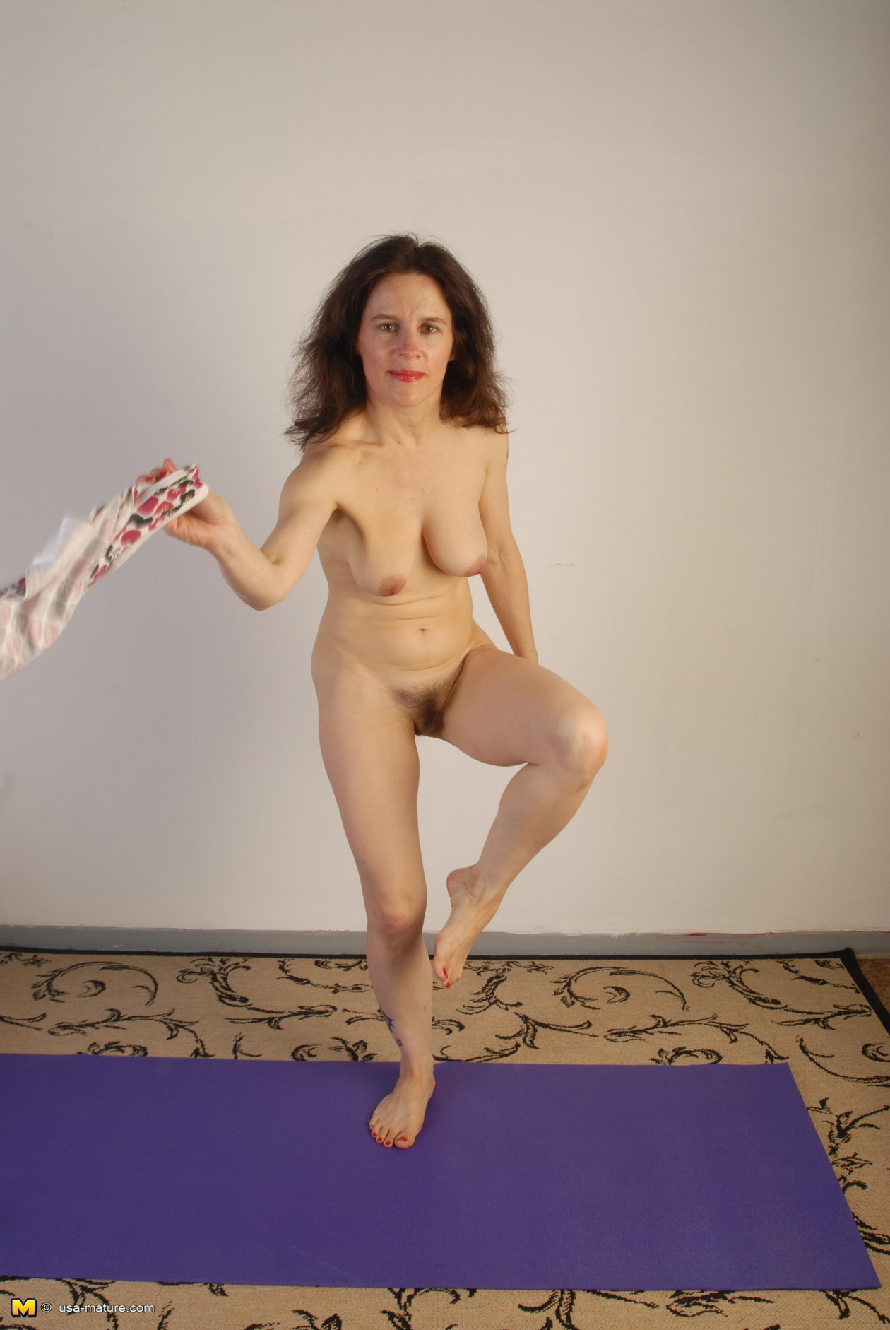 granny exercising in nude