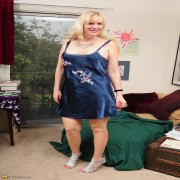 Horny blonde mom getting naked