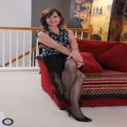 Horny American mature Demi loves playing with herself