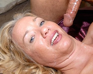 Blonde mama loving to fuck all day long