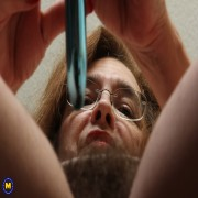 American hairy mature lady playing with herself